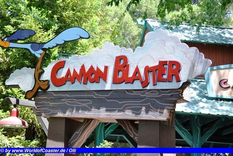 Canyon Blaster @ Six Flags Magic Mountain