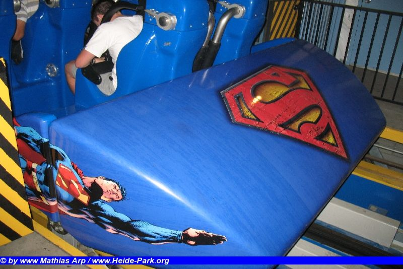 Superman: Escape from Krypton @ Six Flags Magic Mountain