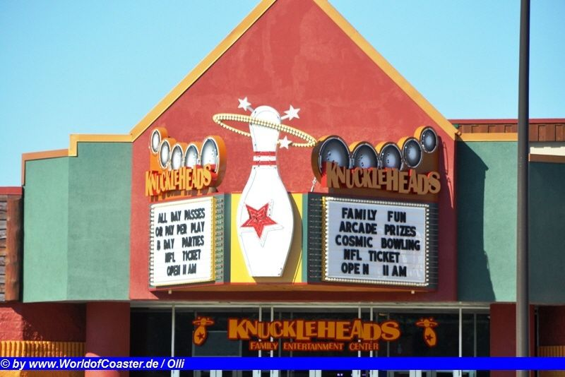 Knuckleheads Bowling & Entertainment Center