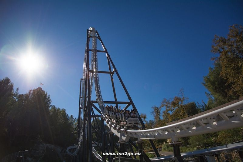 Full Throttle @ Six Flags Magic Mountain