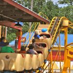 Holiday World - Howler - 011