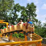 Holiday World - Howler - 013